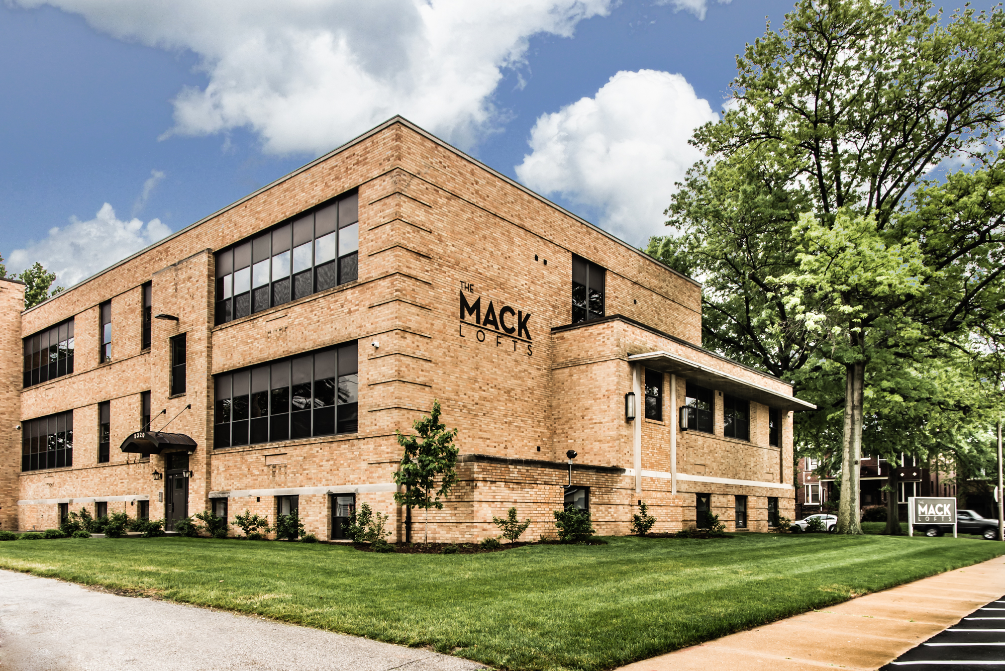 Hope Lutheran School -> Mack Lofts - St. Louis, MO