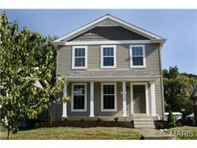 A New Single Family Home Comes to Lindenwood Park (6969 Oleatha)