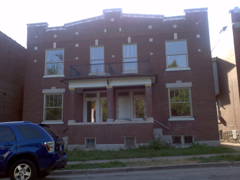 2909-11 Missouri in Benton Park Under Rehab