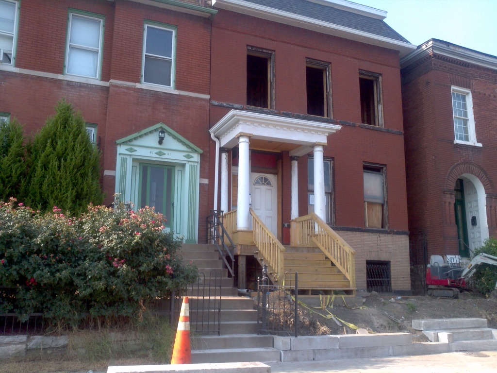 Single Family Home in the Heart of the Grove Entertainment District Under Rehab (4137 Manchester)