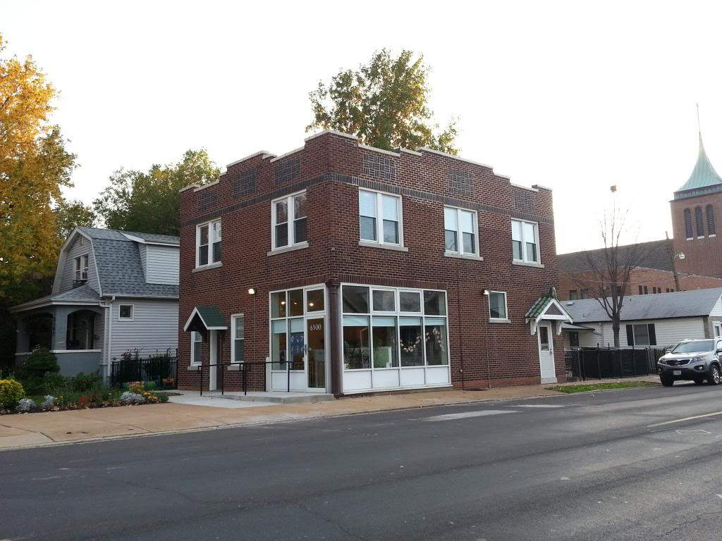 Mixed Use Building in Lindenwood Park Sees Rehab (6500 Arsenal)