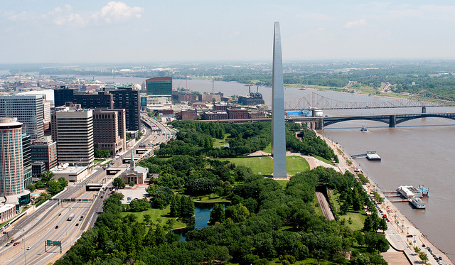 A Plan for the Gateway Arch Leaves a St. Louis Highway in Place. But for How Long?