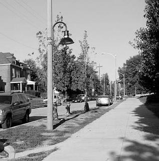 O'Fallon Neighborhood Envisions Cobra Head Add-Ons for Better Pedestrian Lighting