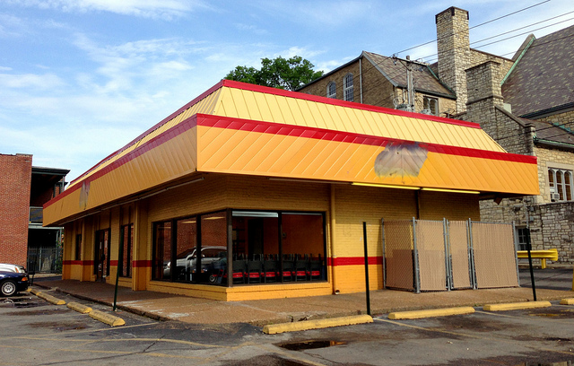 Church's Chicken in The Loop Closes