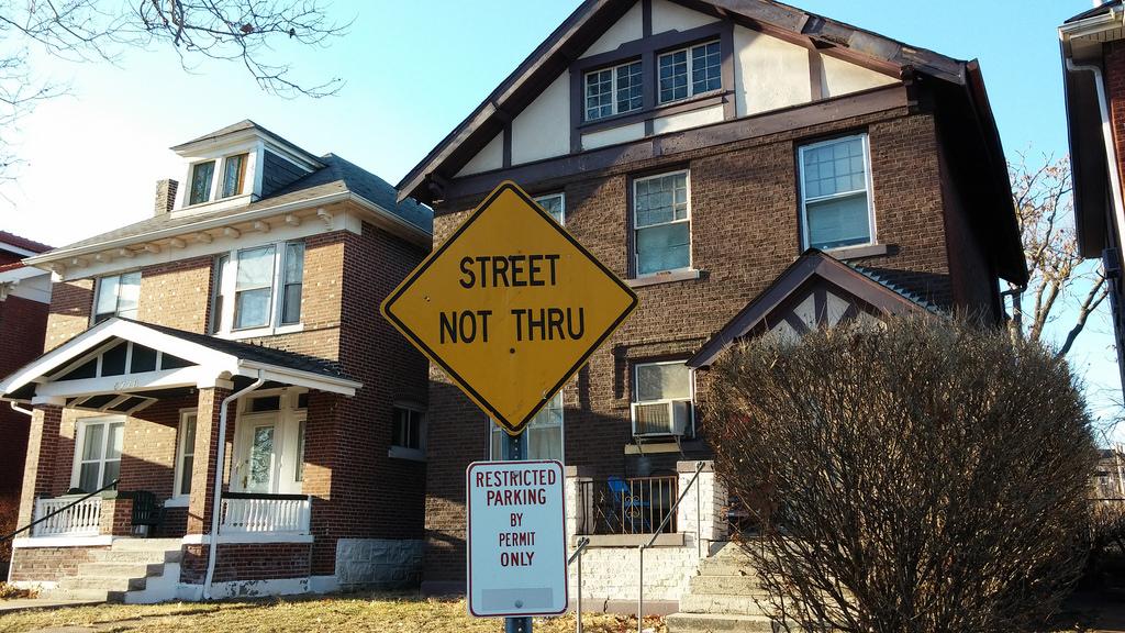 Street not Thru: The Cul-De-Sacking of St. Louis