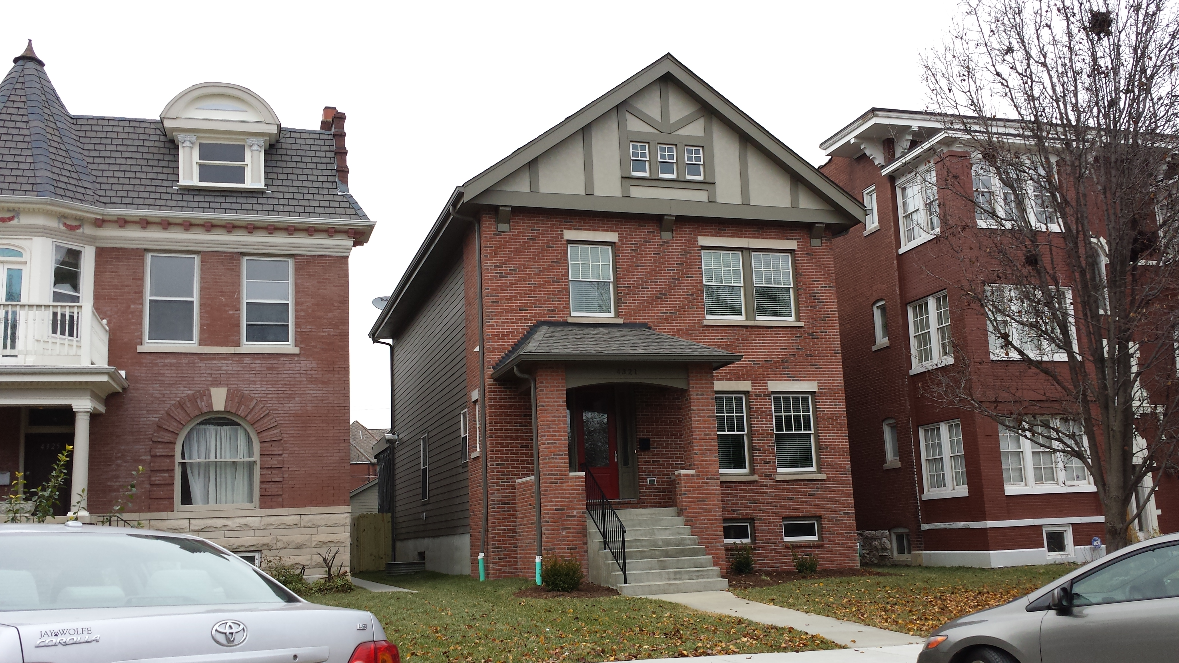 Infill Home Completed in the Central West End (4321 Maryland)