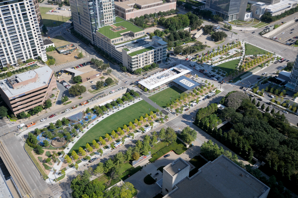 7295790-bx4gud3-KlydeWarrenPark_Dallas_002
