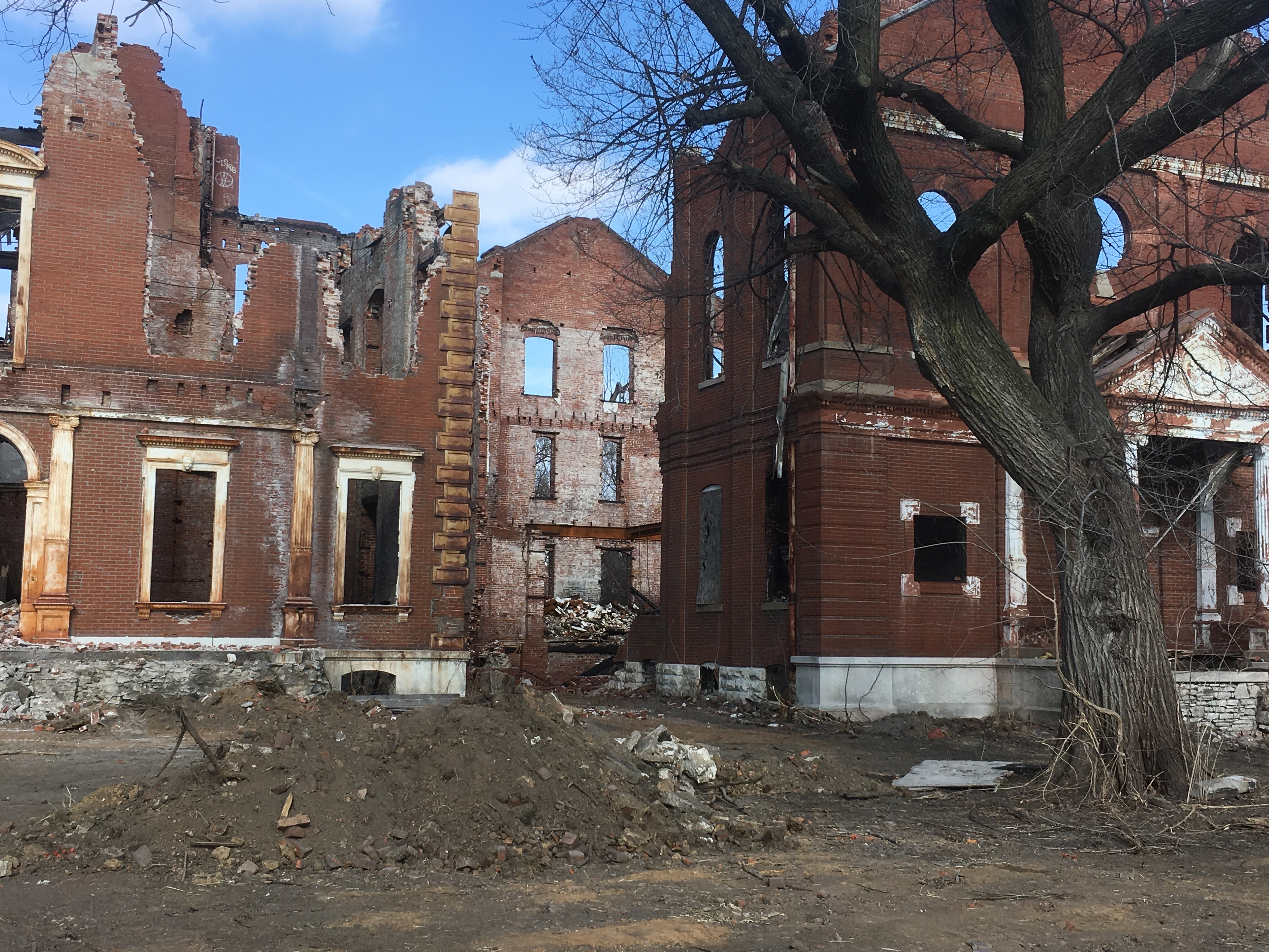 Aldermen Can End the Exemption to Vacant Building Ordinance