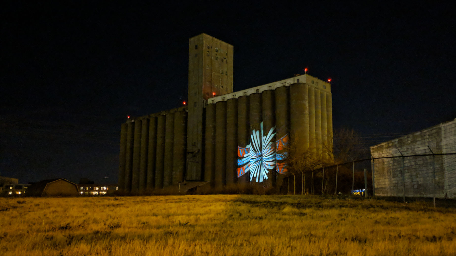 Video Projection Mapping Project Planned on Ray-Carroll Grain Silo