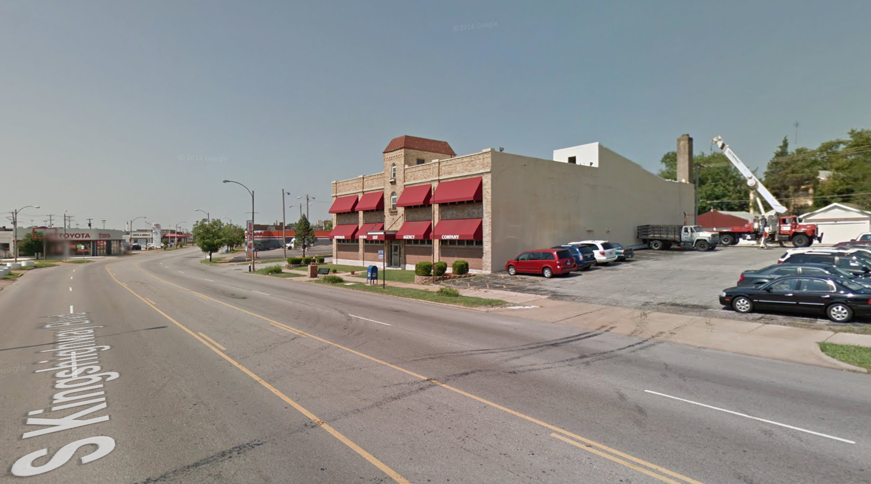 Brahm-Mitchellette Motor Car Company on Kingshighway Being Converted to Apartments