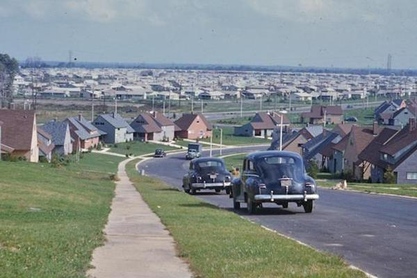 The Story of Suburbville and Big City